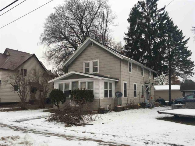 515 E 5TH Street, Shawano, WI 54166 (#50195882) :: Todd Wiese Homeselling System, Inc.