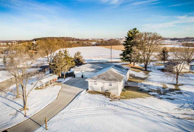 N3484 Pine Crest Lane, Hortonville, WI 54944 (#50195898) :: Dallaire Realty
