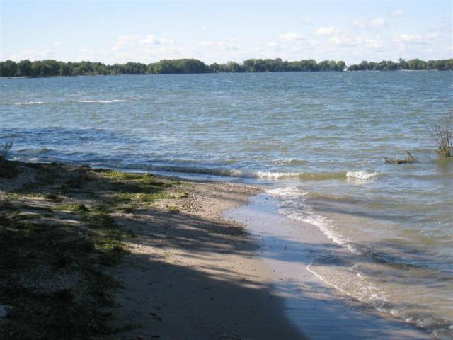 3751 Town Park Road, Sturgeon Bay, WI 54235 (#50196000) :: Todd Wiese Homeselling System, Inc.