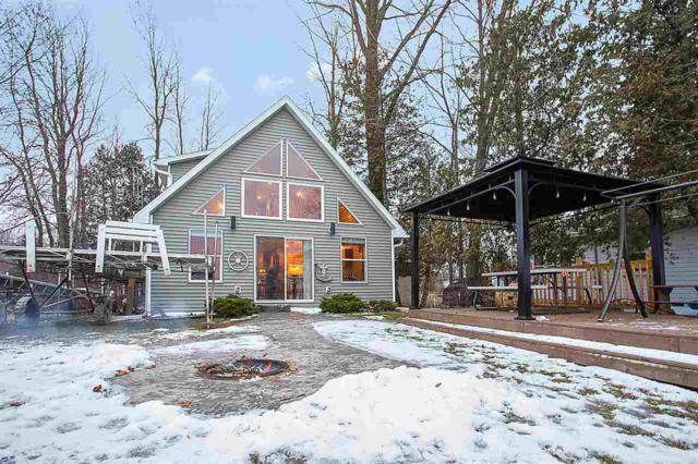 W4582 Buss Drive, Cecil, WI 54111 (#50196084) :: Todd Wiese Homeselling System, Inc.