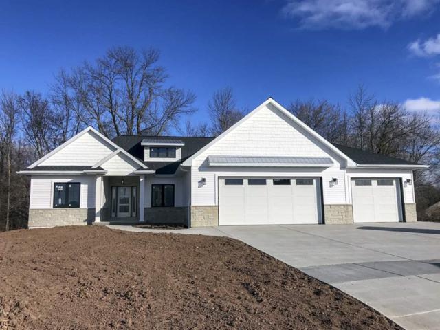 930 Hoks Ridge Lane, De Pere, WI 54115 (#50196285) :: Todd Wiese Homeselling System, Inc.