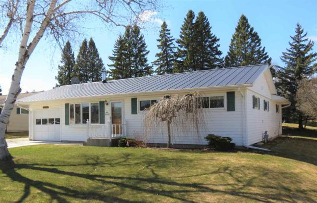 1605 Mason Street, New Holstein, WI 53061 (#50196457) :: Dallaire Realty