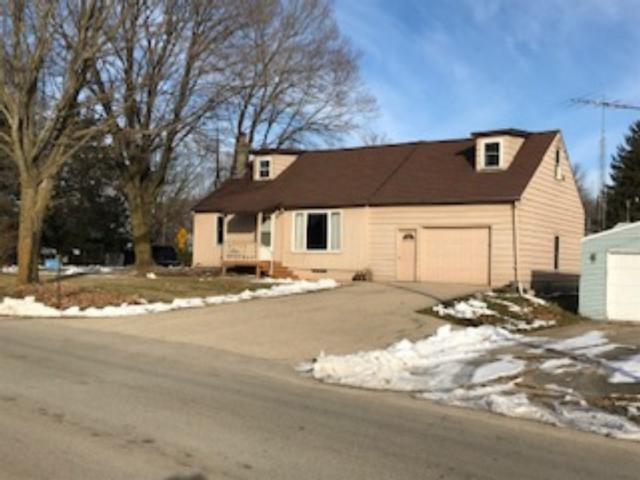 W920 Spring Grove Road, Green Lake, WI 54941 (#50196495) :: Todd Wiese Homeselling System, Inc.