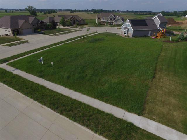 5664 N Rosemary Drive, Appleton, WI 54913 (#50196523) :: Dallaire Realty