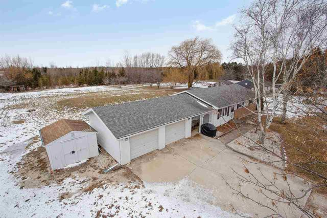 N8201 Willow Drive, Algoma, WI 54201 (#50196564) :: Symes Realty, LLC