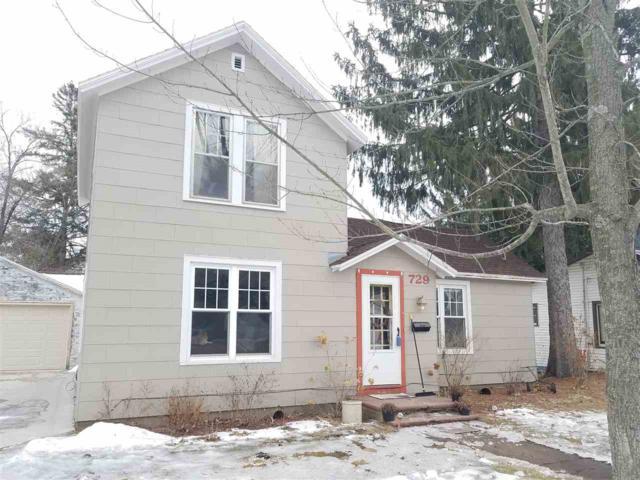 729 8TH Street, Waupaca, WI 54981 (#50196621) :: Todd Wiese Homeselling System, Inc.
