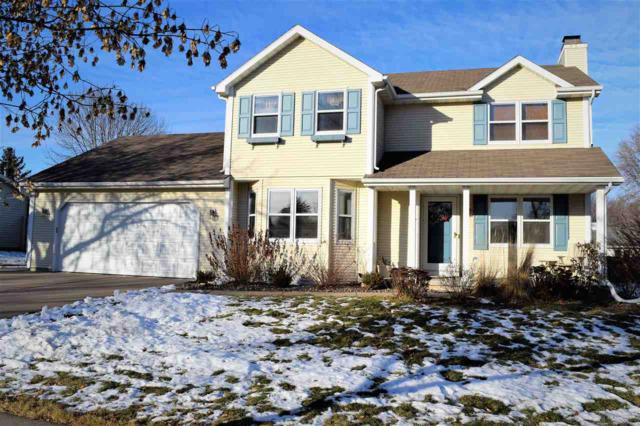 1737 Sunnyside Lane, De Pere, WI 54115 (#50196725) :: Todd Wiese Homeselling System, Inc.