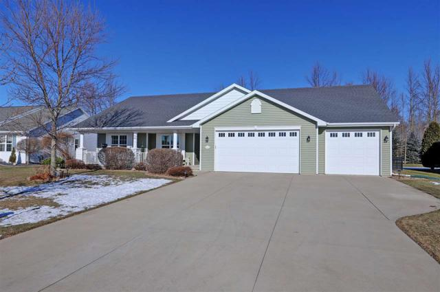 W7268 Dover Court, Greenville, WI 54942 (#50196742) :: Todd Wiese Homeselling System, Inc.