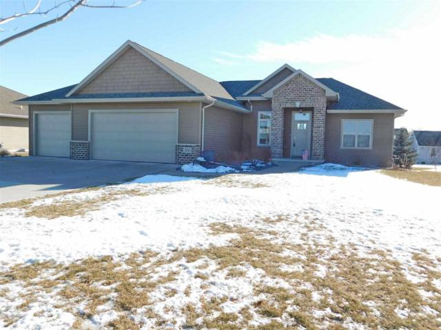 3176 Willow Road, Green Bay, WI 54311 (#50196767) :: Todd Wiese Homeselling System, Inc.