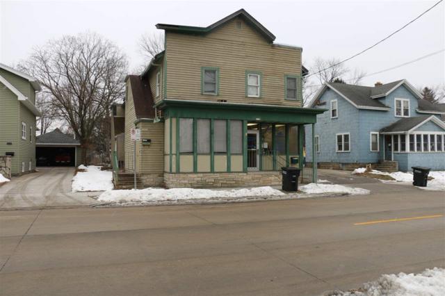 1117 W New York Avenue, Oshkosh, WI 54901 (#50196788) :: Todd Wiese Homeselling System, Inc.