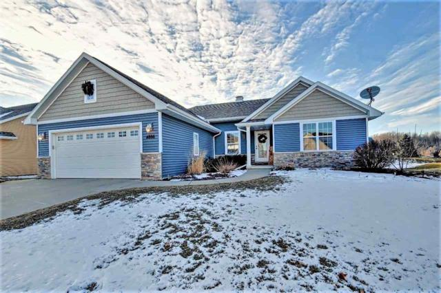 4866 Isabella Circle, Oneida, WI 54155 (#50196797) :: Todd Wiese Homeselling System, Inc.