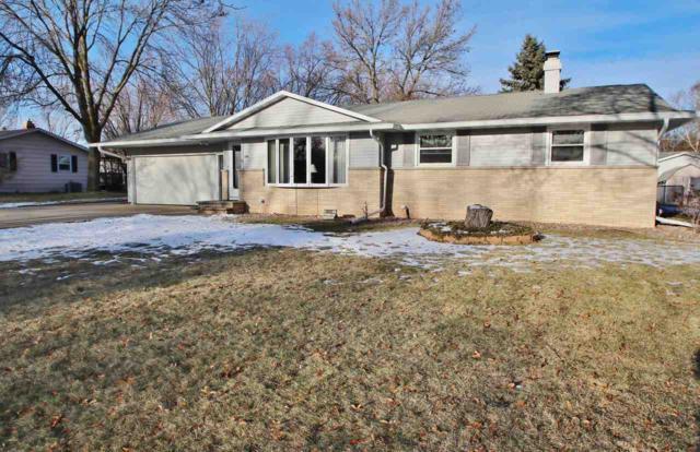 1486 Carole Lane, Green Bay, WI 54313 (#50196802) :: Todd Wiese Homeselling System, Inc.