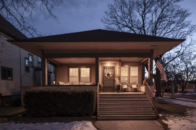 403 E Irving Avenue, Oshkosh, WI 54901 (#50196806) :: Todd Wiese Homeselling System, Inc.