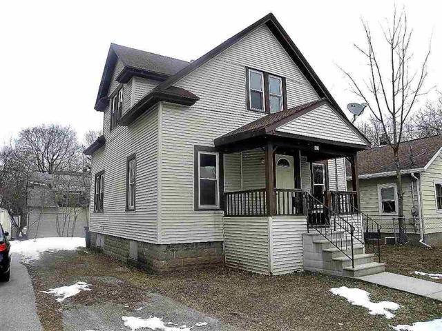 416 Fulton Avenue, Oshkosh, WI 54901 (#50196861) :: Todd Wiese Homeselling System, Inc.