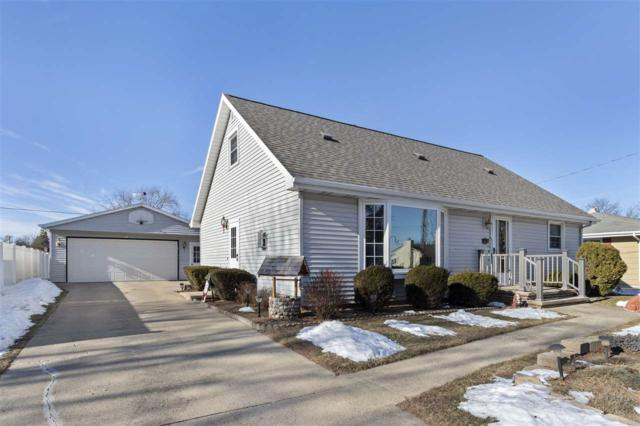 333 S Matthias Street, Appleton, WI 54915 (#50196867) :: Todd Wiese Homeselling System, Inc.