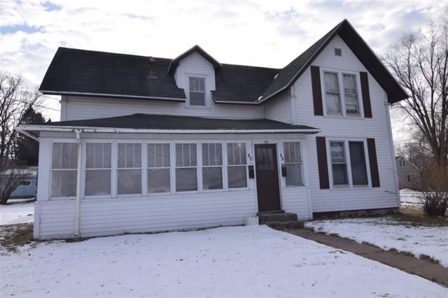 39 W 3RD Street, Clintonville, WI 54929 (#50196875) :: Todd Wiese Homeselling System, Inc.