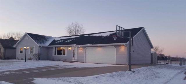 1198 Meadow View Lane, De Pere, WI 54115 (#50196882) :: Dallaire Realty