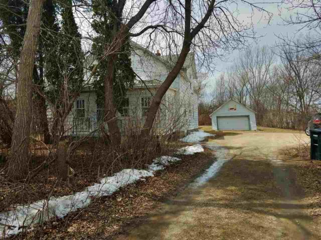1338 Appleton Road, Menasha, WI 54952 (#50196933) :: Todd Wiese Homeselling System, Inc.