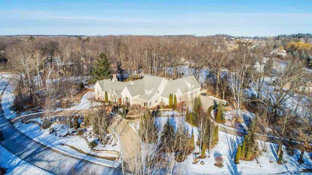 4521 Algonquin Trail, Green Bay, WI 54313 (#50196940) :: Todd Wiese Homeselling System, Inc.