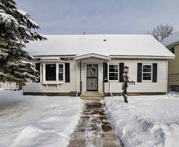 924 Miller Street, Marinette, WI 54143 (#50197177) :: Dallaire Realty