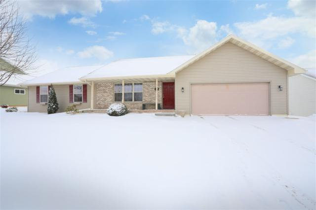 2329 Olde Country Circle, Kaukauna, WI 54130 (#50197198) :: Dallaire Realty