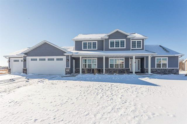 1837 Hedgeview Drive, Neenah, WI 54956 (#50197224) :: Dallaire Realty