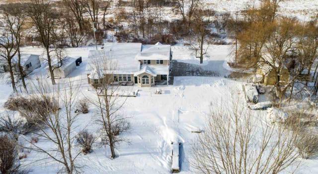 6446 Bay Shore Road, Oconto, WI 54153 (#50197343) :: Dallaire Realty