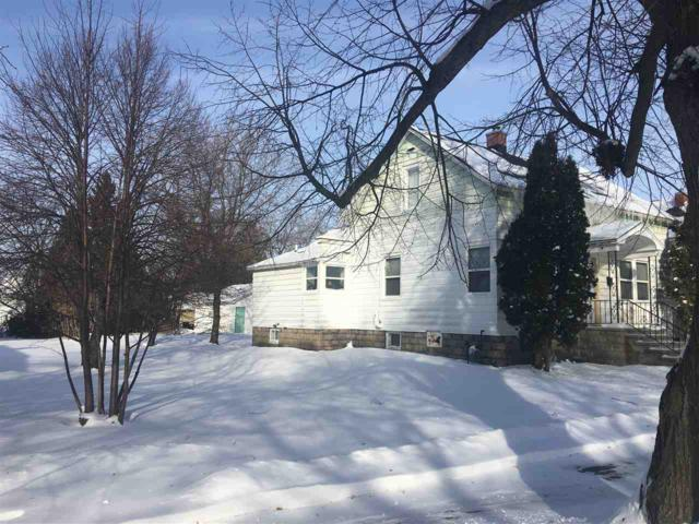 906 Parnell Street, Marinette, WI 54143 (#50197475) :: Todd Wiese Homeselling System, Inc.