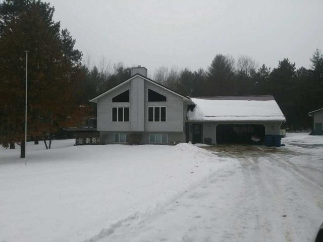 N2705 Round Lake Drive, Clintonville, WI 54929 (#50197552) :: Todd Wiese Homeselling System, Inc.
