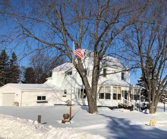 1529 6TH Street, Marinette, WI 54143 (#50197625) :: Symes Realty, LLC