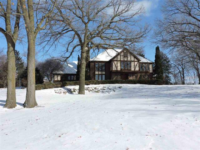 N7811 Ledgeview Springs Drive, Fond Du Lac, WI 54937 (#50197642) :: Todd Wiese Homeselling System, Inc.