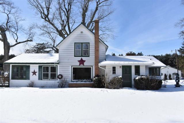 W8528 Hwy C, Wautoma, WI 54982 (#50197664) :: Todd Wiese Homeselling System, Inc.