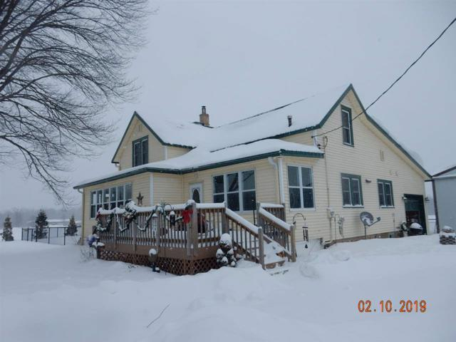 N4458 Angle Road, Shawano, WI 54166 (#50197734) :: Todd Wiese Homeselling System, Inc.