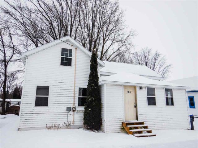 106 E Burdick Street, Black Creek, WI 54106 (#50197745) :: Dallaire Realty