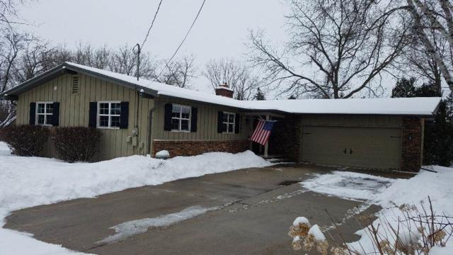 N2095 Greenville Drive, Greenville, WI 54942 (#50197759) :: Symes Realty, LLC