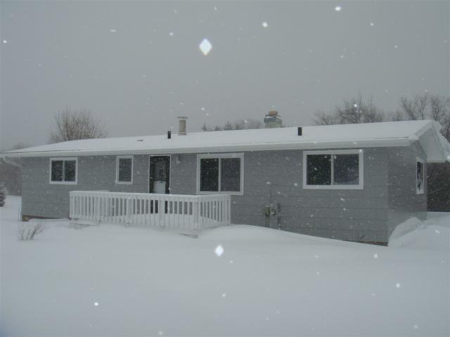 E1281 Henderson Road, Scandinavia, WI 54977 (#50197798) :: Todd Wiese Homeselling System, Inc.