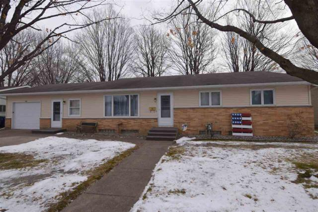 186 Robert Street, Clintonville, WI 54929 (#50197825) :: Todd Wiese Homeselling System, Inc.
