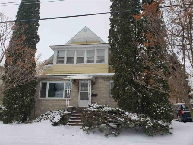 117 W 11TH Avenue, Oshkosh, WI 54902 (#50197847) :: Symes Realty, LLC