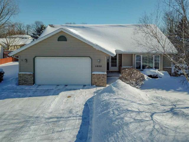 1800 S Derks Drive, Appleton, WI 54915 (#50197858) :: Todd Wiese Homeselling System, Inc.