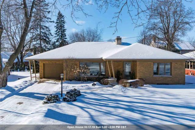 1715 S Outagamie Street, Appleton, WI 54914 (#50197863) :: Todd Wiese Homeselling System, Inc.