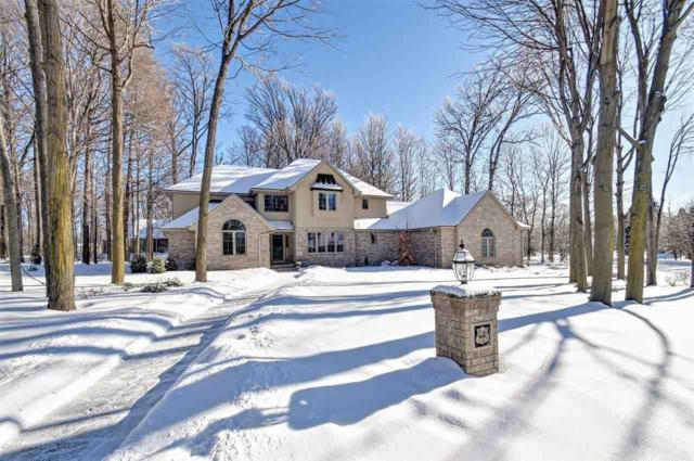 445 Edgewood Drive, Green Bay, WI 54302 (#50197932) :: Todd Wiese Homeselling System, Inc.