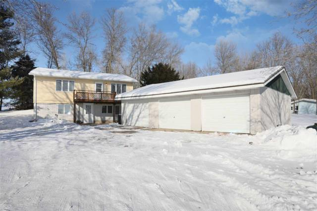 W9544 Hwy S, New London, WI 54961 (#50198051) :: Symes Realty, LLC