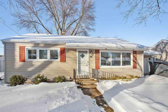 202 Wisconsin Avenue, Brillion, WI 54110 (#50198103) :: Symes Realty, LLC