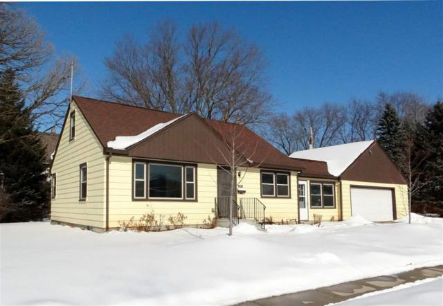 211 18TH Street, Fond Du Lac, WI 54935 (#50198110) :: Symes Realty, LLC