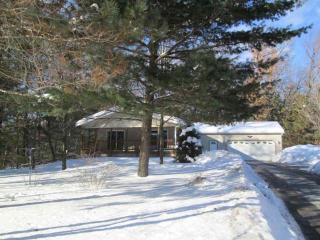 W5882 S Oak Park Circle, Shawano, WI 54166 (#50198120) :: Symes Realty, LLC