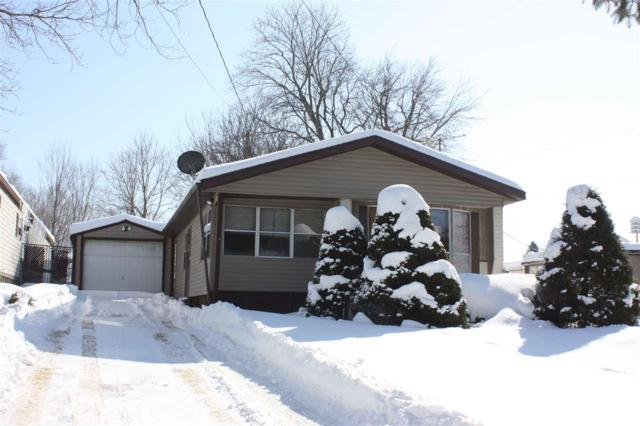 W5325 West Sandy Drive, Shawano, WI 54166 (#50198192) :: Dallaire Realty