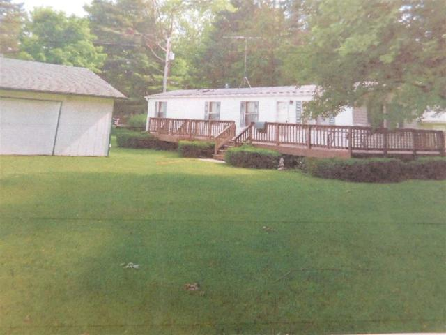 W5075 Woodland Road, Shawano, WI 54166 (#50198202) :: Dallaire Realty