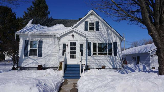 521 2ND Street, Oconto, WI 54153 (#50198317) :: Symes Realty, LLC