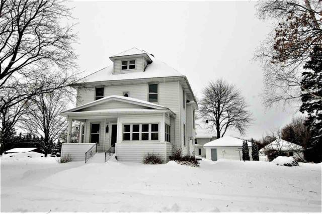 125 S Garden Avenue, Gillett, WI 54124 (#50198318) :: Symes Realty, LLC