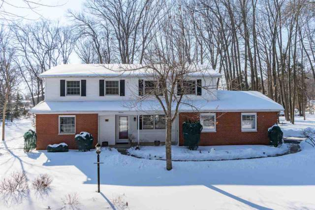 19 Meadowbrook Court, Appleton, WI 54914 (#50198320) :: Todd Wiese Homeselling System, Inc.